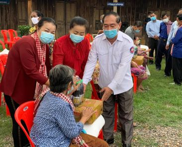 Rock-Foundation-Cambodia-Community-Outreach-Covid-19-Relief