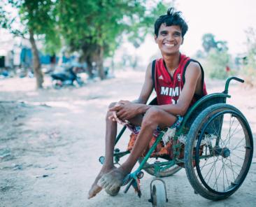 mouen-wheelchair-medical-supplies-Rock-Foundation-Cambodia