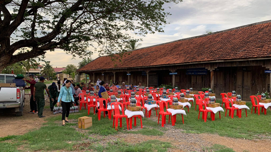 rock-foundation-cambodia-community-outreach-rice-relief-covid-19
