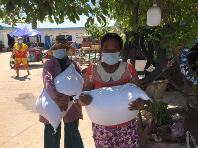 rock-foundation-cambodia-community-outreach2